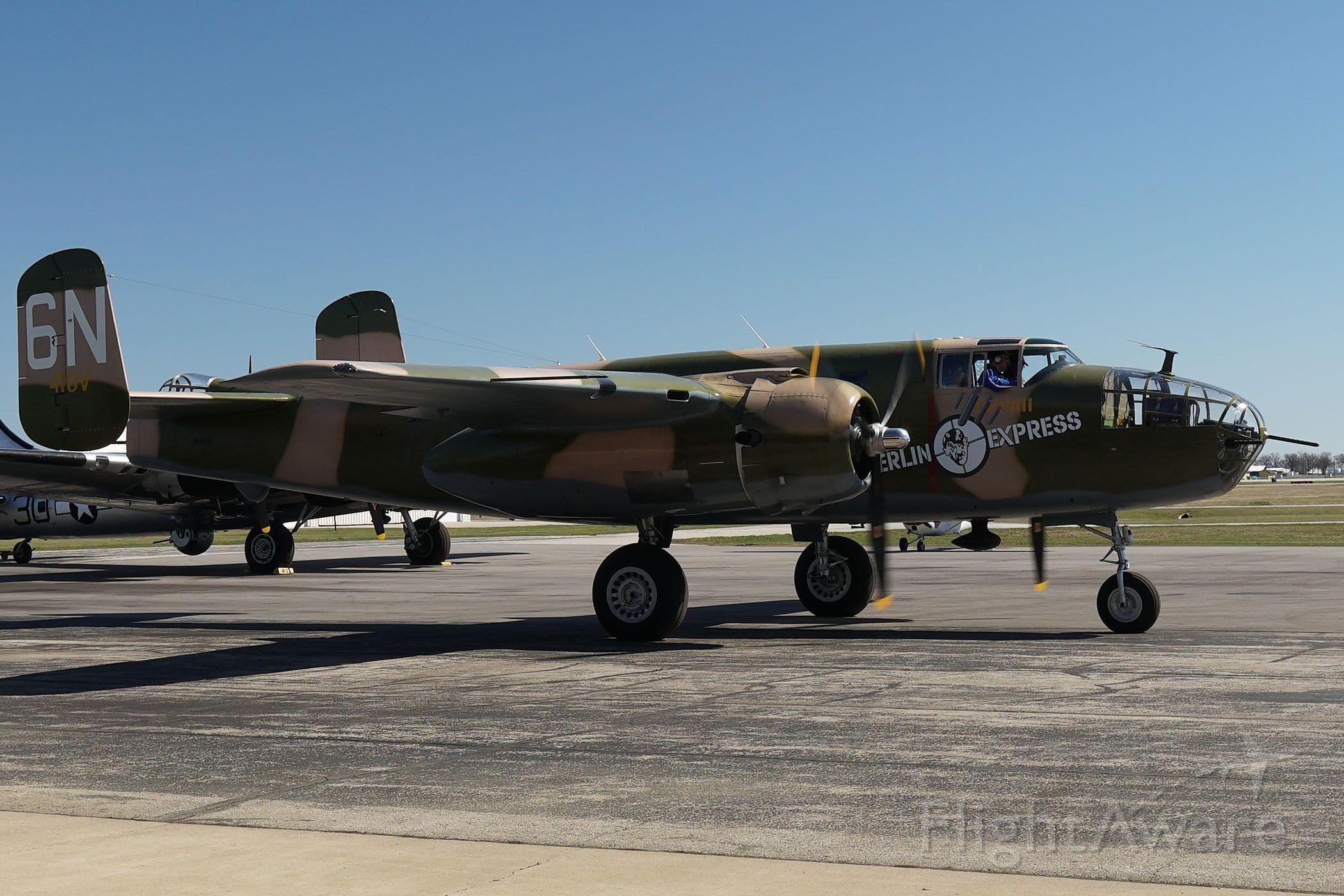 North American TB-25 Mitchell (N10V) - 2019-04-20 EAA Weeks Hangar