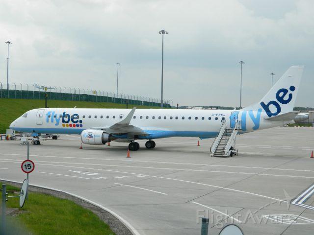 Embraer ERJ-190 (G-FBEJ)