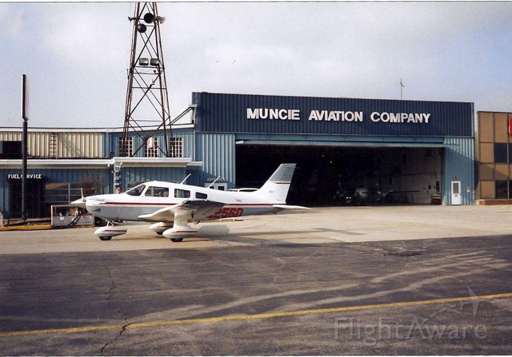 Piper Cherokee (N9256D)