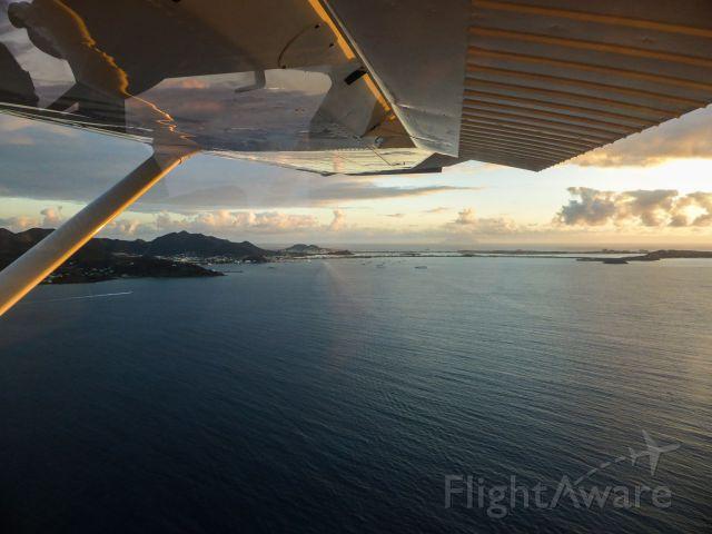 Cessna Skylane (N1967X) - Finale St Martin Gran Case...