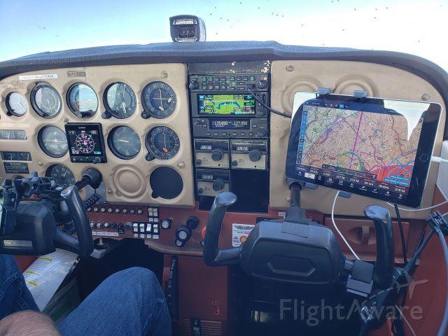 Cessna Skyhawk (N4808D)