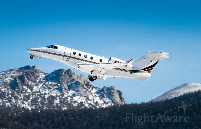 Embraer Phenom 300 (N340QS)