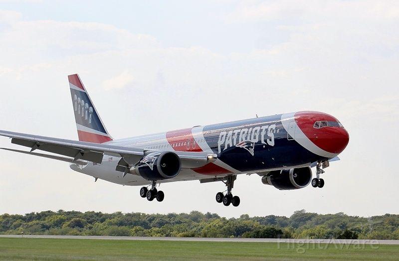 BOEING 767-300 (N36NE) - The New England Patriot
