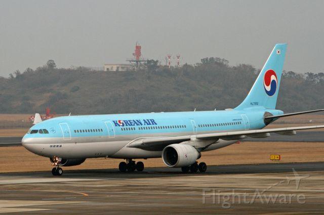 Boeing 777-200 (KAL23)