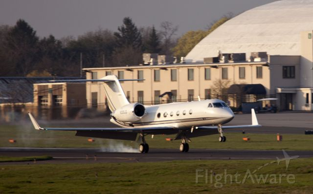Gulfstream Aerospace Gulfstream IV (N326JD) - Perfect landing. No location as per request of the aircraft owner.