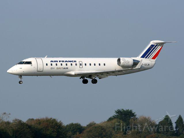 Canadair Regional Jet CRJ-100 (F-GRJM) - Canadair Regional Jet CRJ-100ER, Brest-guipavas Airport (LFRB-BES)