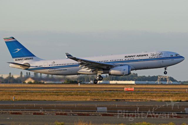 Airbus A330-200 (9K-APC)