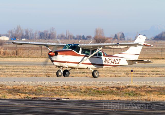 Cessna 205 (N834OZ)