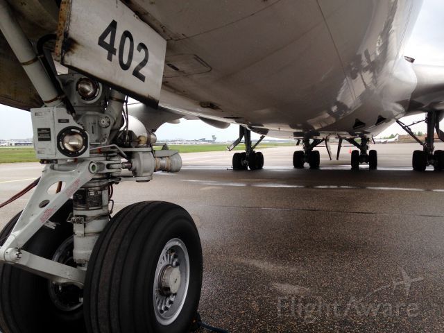Boeing 747-400 (N402KZ) - 747-400