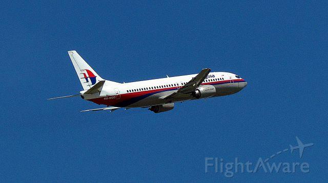 BOEING 737-400 (9M-MQO)