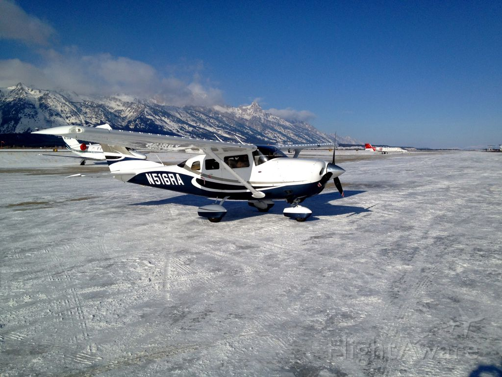 Cessna 206 Stationair (N516RA) - Jackson Wy. Grand Tetons in the background