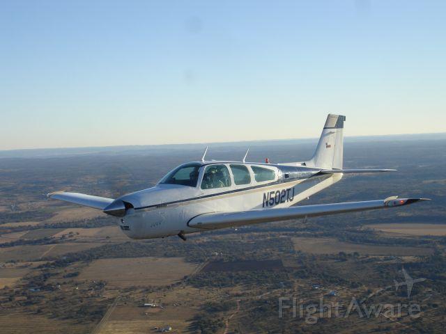 Beechcraft Bonanza (33) (N502TJ)