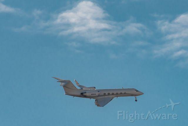 Gulfstream Aerospace Gulfstream IV (N86MW) - Landing at Hanscom