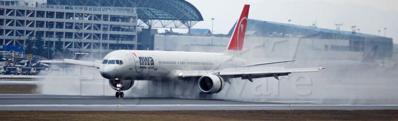 BOEING 757-300 (N592NW)
