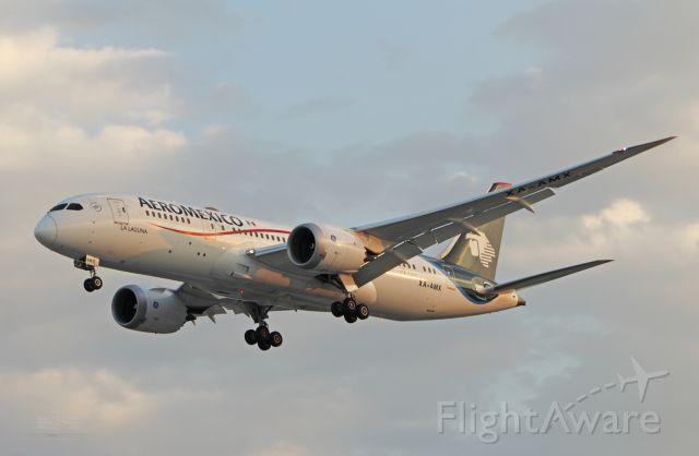 "Boeing 787-8 (XA-AMX) - AeroMexico / Boeing 787-8 - MSN 36843 / XA-AMX ""La Laguna"" / MMMX 04/2019"