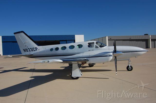 Cessna 421 (N923CP)