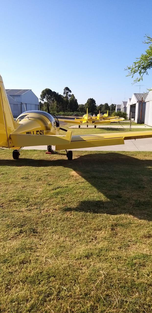 — — - A flotilla of Sling 2 - Morningstar Flight Academy, Cape Town, RSA