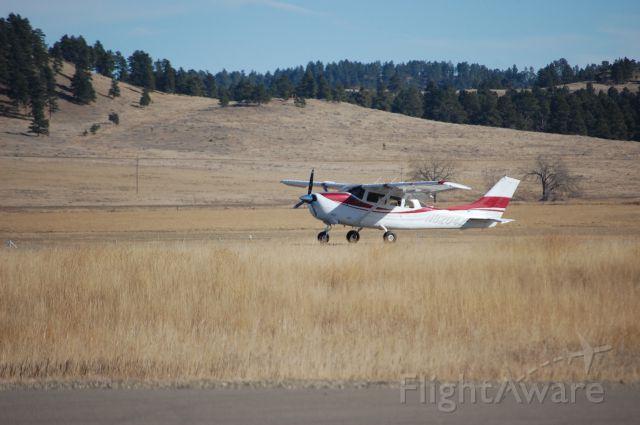 Cessna 205 (N8204Z) - Landing