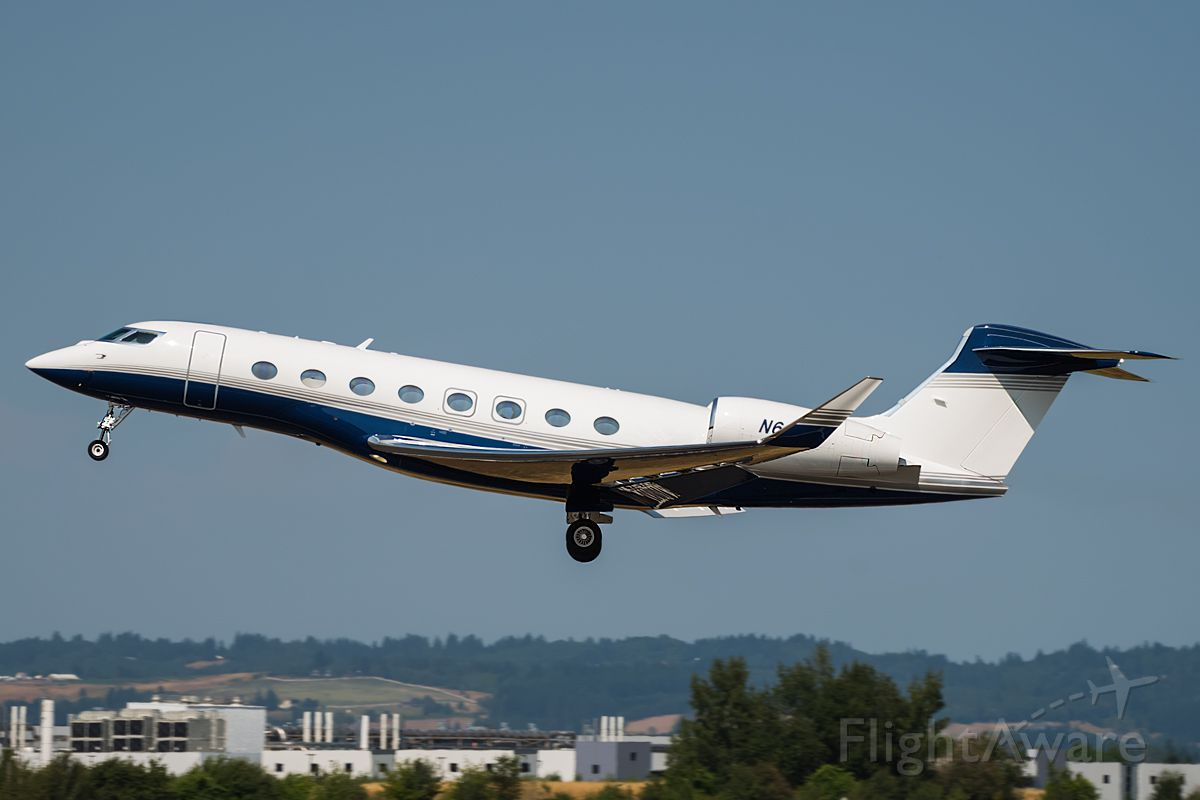 Gulfstream Aerospace Gulfstream G650 (N6453) - Phill Knight departing to MFR out of HIO.  Thanks to Russell for taking me out to HIO with him! Full Photo: a rel=nofollow href=http://www.airliners.net/photo/Gulfstream-Aerospace-G650/2677947/L/http://www.airliners.net/photo/Gulfstream-Aerospace-G650/2677947/L//a