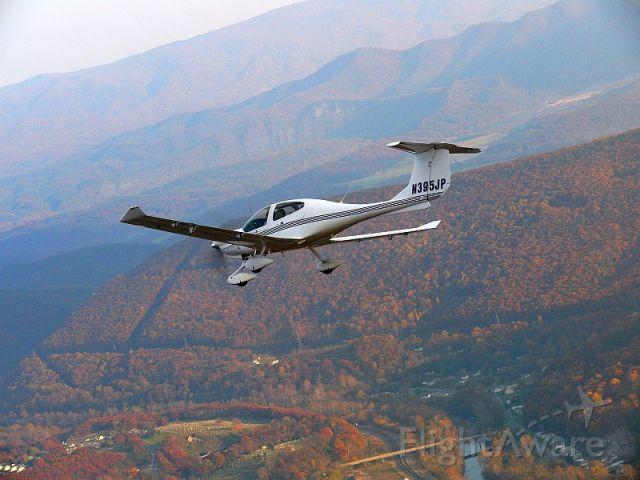 Diamond Star (N395JP) - Diamond DA40 over the Blue Ridge Mountains near Roanoke, VA