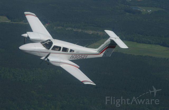 Piper PA-44 Seminole (N30521)