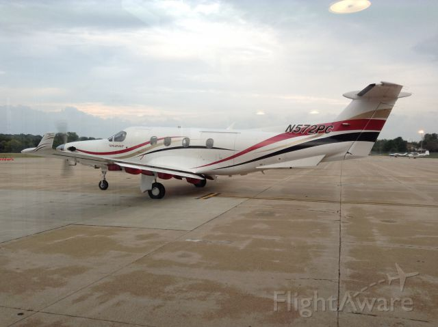Pilatus PC-12 (N572PC)