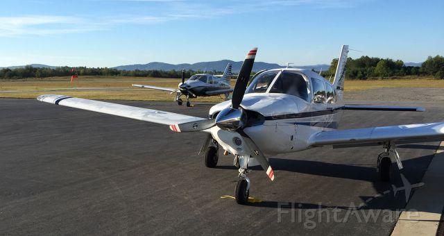 Piper Cherokee (N4065Q)
