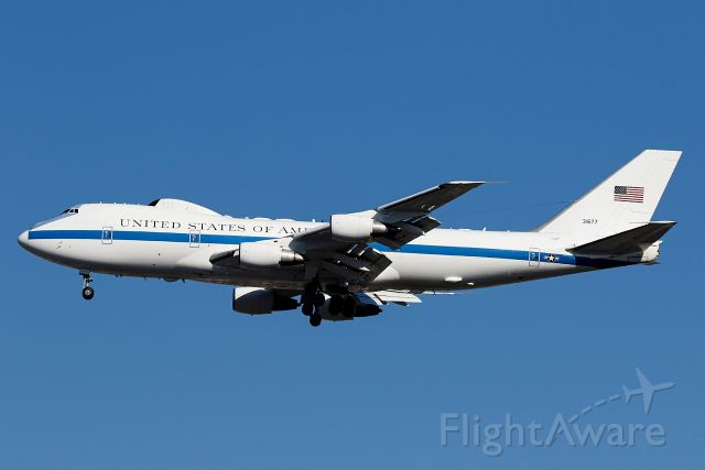 Boeing 747-200 (73-1677) - SecDef Lloyd Austin is boarding.