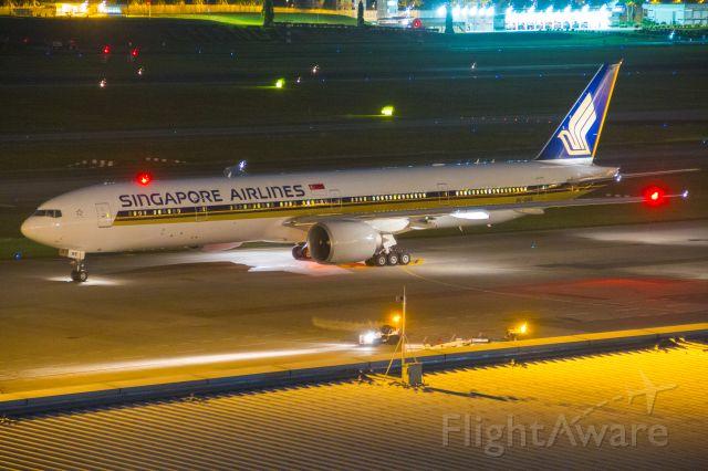 BOEING 777-300ER (9V-SWE) - 27.04.2018