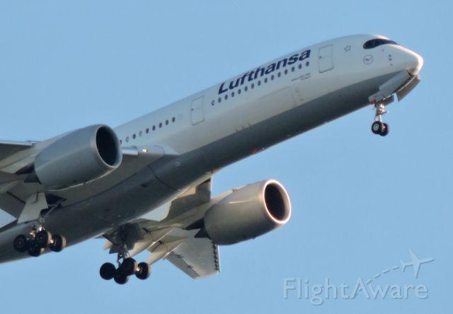 Airbus A330-300 (D-AIXM) - Minutes before landing, summer 2019.