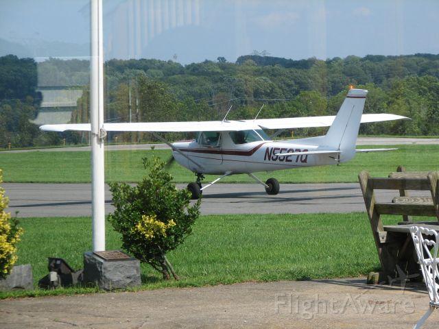 Cessna 152 (N5527Q) - At Sky Manor, NJ