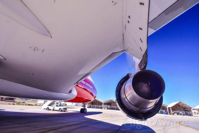 Boeing 747-200 (N744ST) - Global Supertanker
