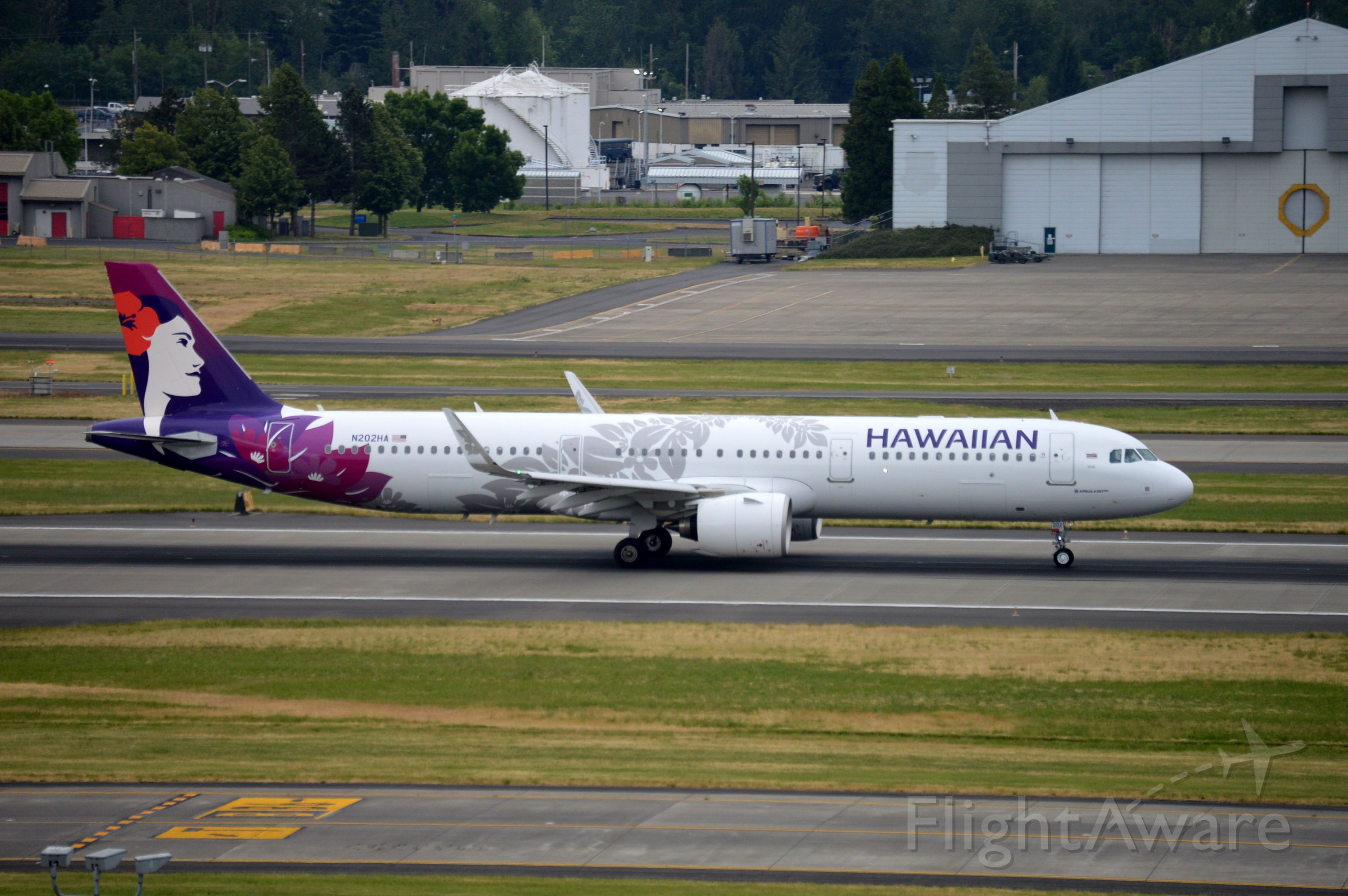 Airbus A321neo (N202HA) - HAL39 departing on 28L for Kahului (PHOG/OGG).
