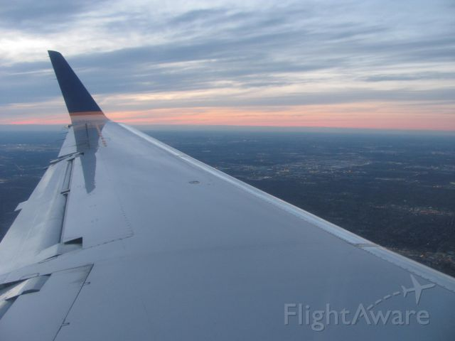 Embraer EMB-145XR — - Sunset Approach into O