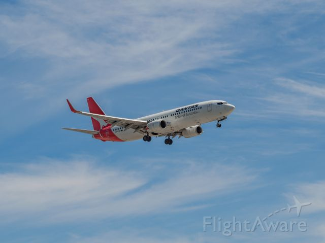 Boeing 737-700 (VH-VYE) - Adelaide Approach, QF668