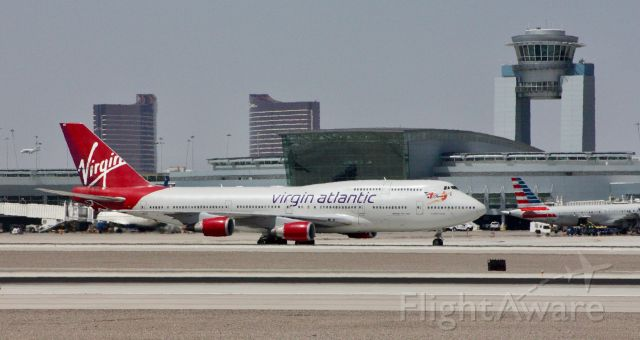Boeing 747-400 (G-VROS) - Please change the size to full screen to decrease the blurriness.