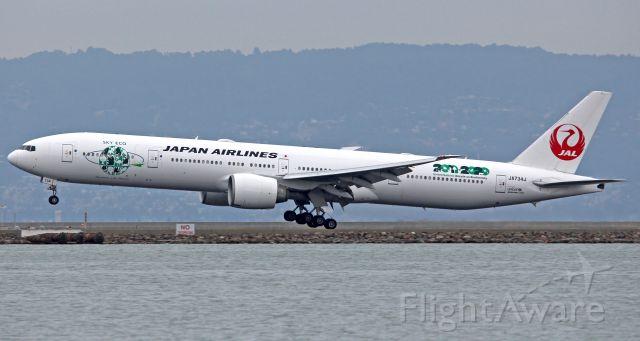 BOEING 777-300ER (JA734J)