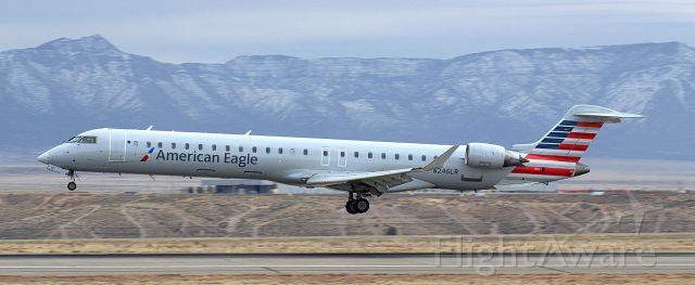 Canadair Regional Jet CRJ-900 (N246LR)