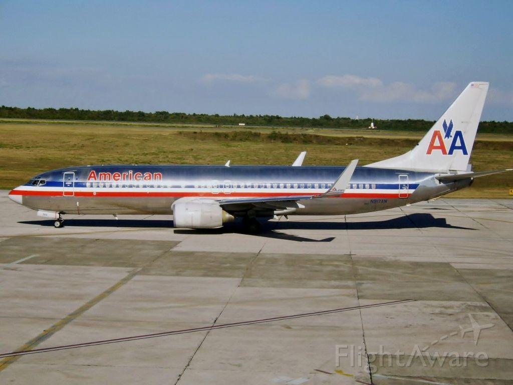 Boeing 737-800 (N917AN)