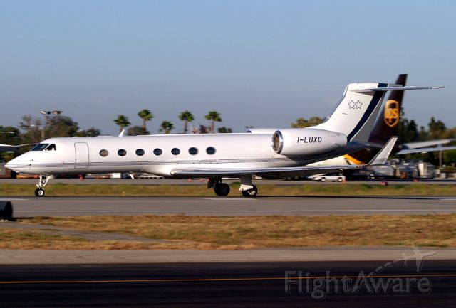 I-LUXO — - A very rare visitor to Long Beach, Gulfstream G550 I-LUXO (cn 5071) rolls for takeoff on Rwy 30.