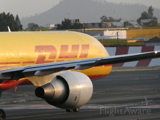 Boeing 757-200 (HP2010DAE)