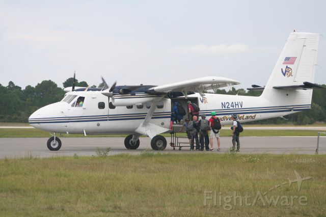 De Havilland Canada Twin Otter (N24HV)