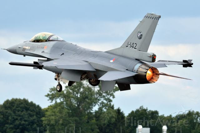 — — - Take off solo demonstrator at Gilze Rijen airshow 2014