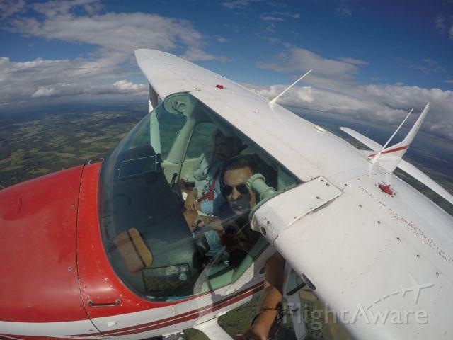 Cessna Skyhawk (N60JR)