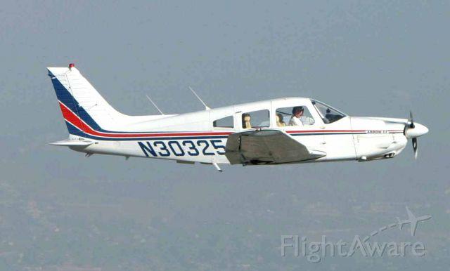 Piper Cherokee (N30325)