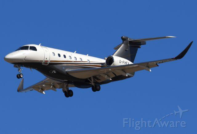 Embraer Legacy 550 (G-FHFX)