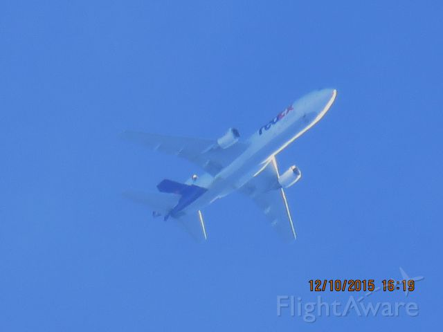 McDonnell Douglas DC-10 (N385FE)