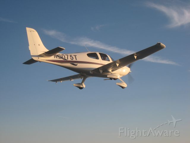 Cirrus SR-20 (N2075T) - Air to Air photo while working formation over Long Island, NY