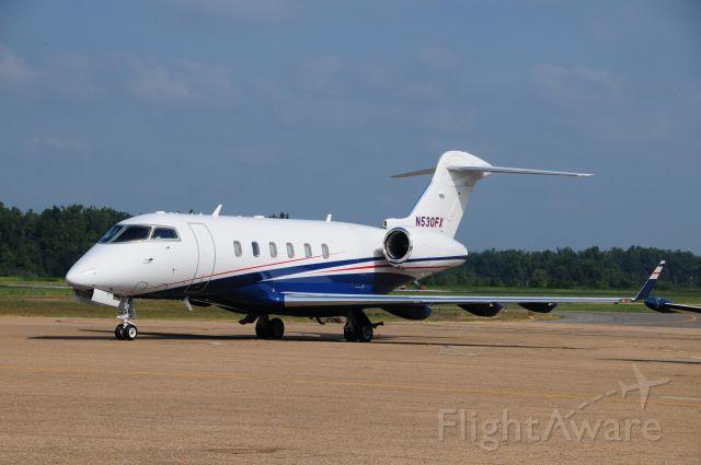 PEREGRINE PJ-3 Falcon (N530FX) - Flexjet arriving for Briggs & Stratton VIP