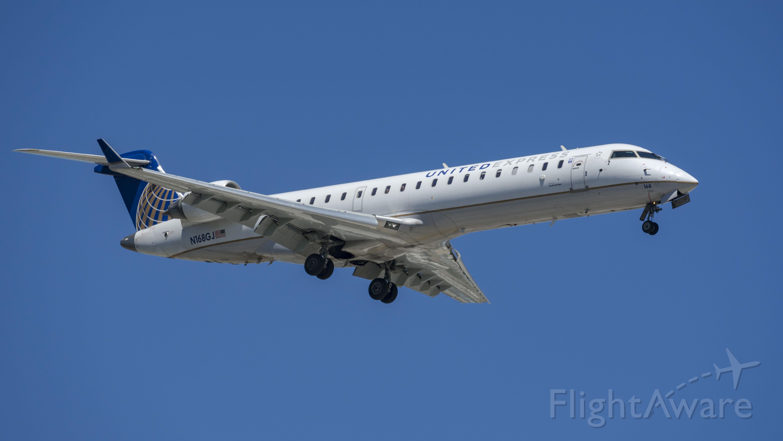 Canadair Regional Jet CRJ-700 (N168GJ) - Arriving 10Lbr /6/6/17